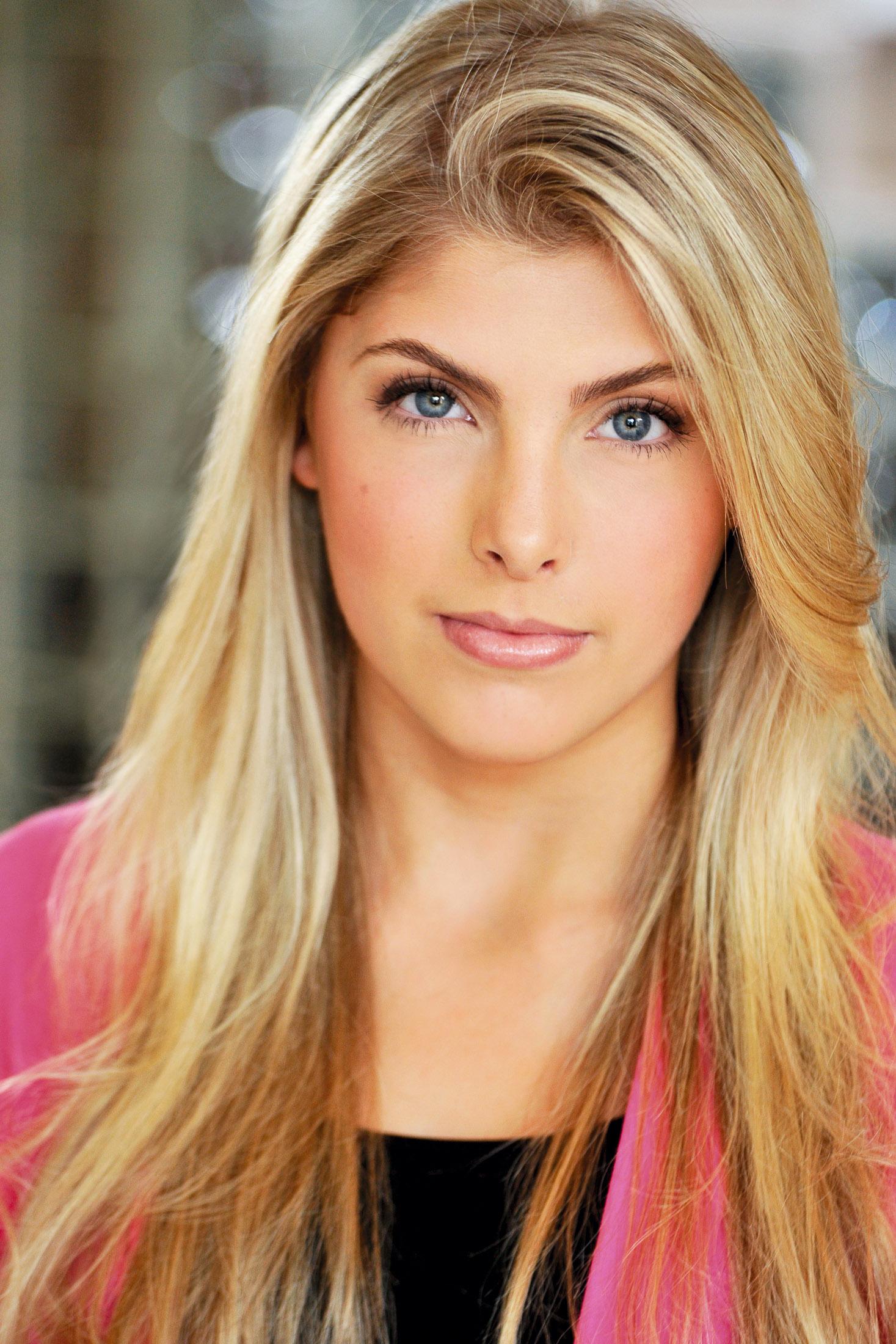 Headshots NYC - Actor Headshots Amanda B