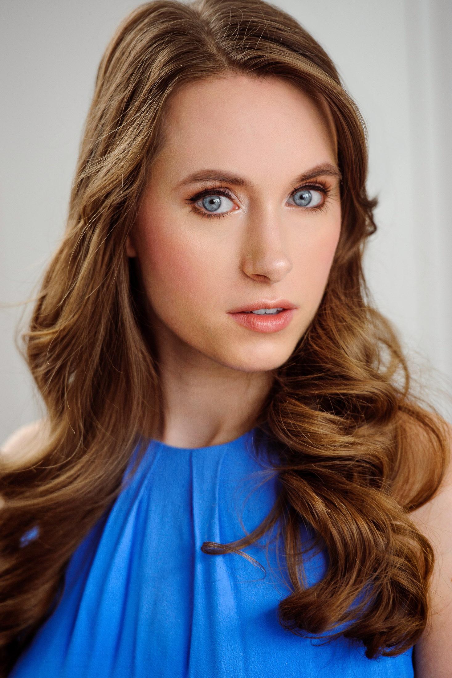 Headshots NYC - Actor Headshots Amanda S