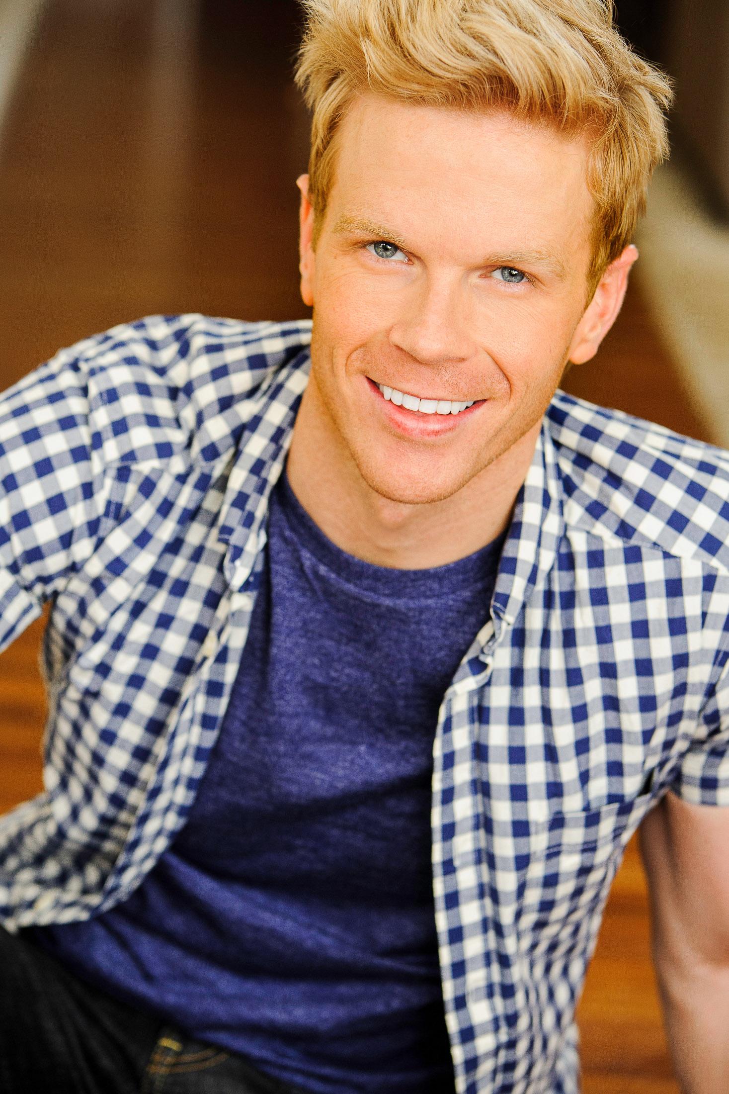 Headshot of Actor Andrew M