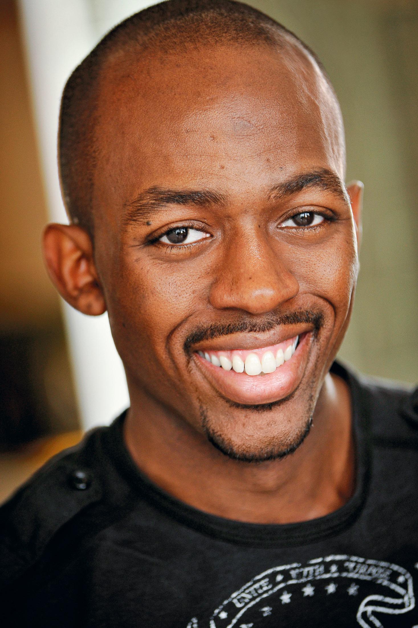 Headshot of Actor Calvin W