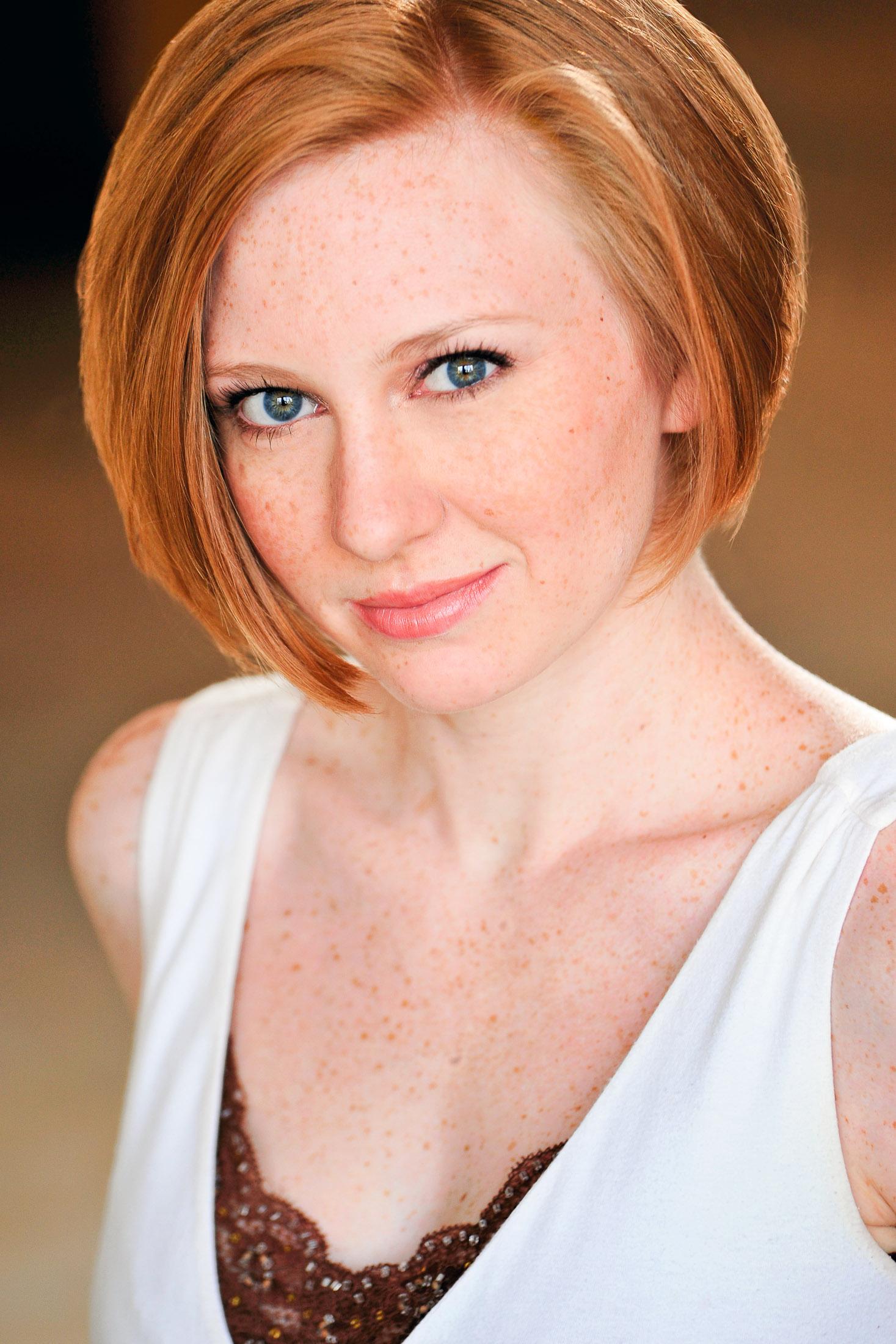 Headshots NYC - Actor Headshots Elise L
