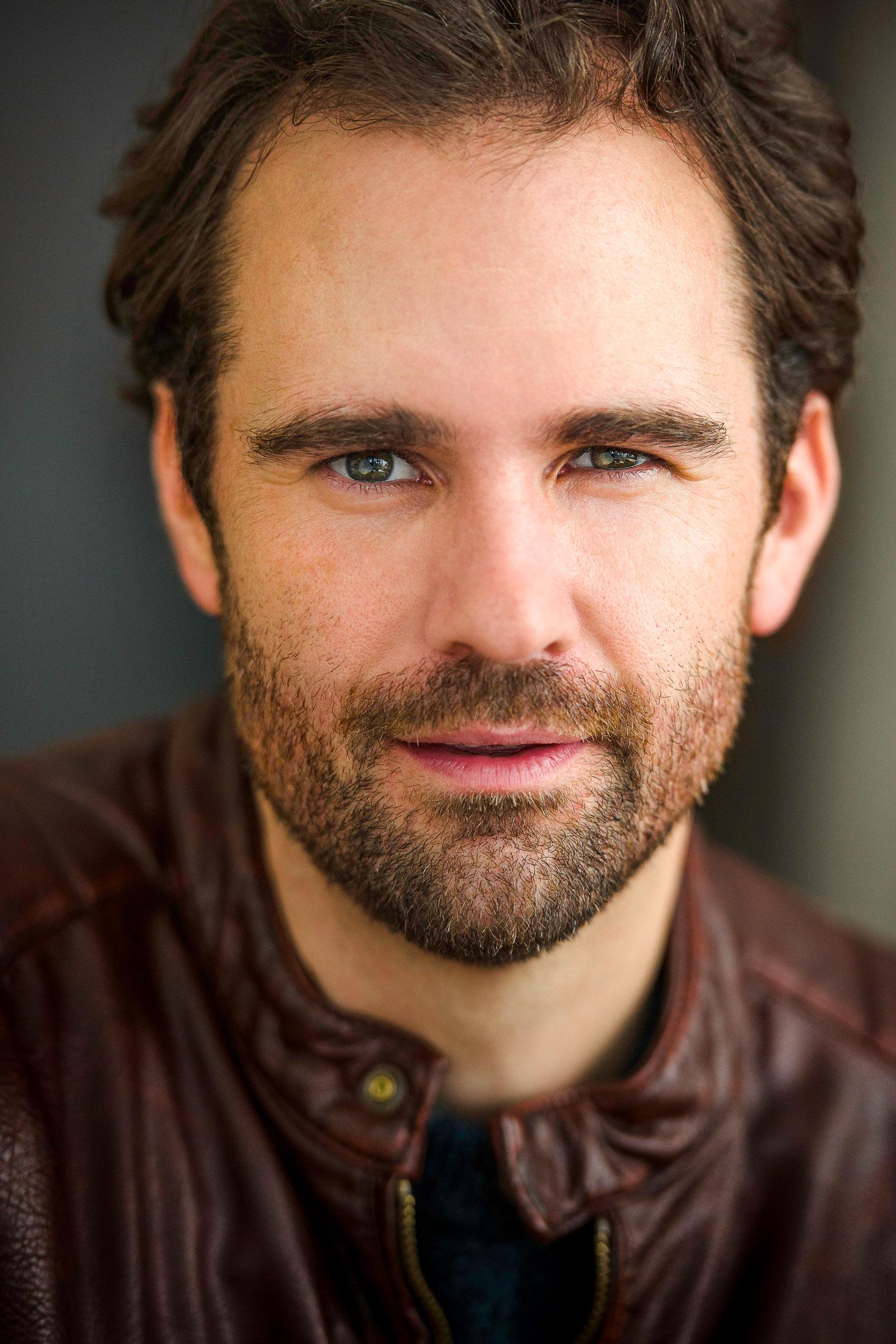 Headshots NYC - Actor Headshots Eric W