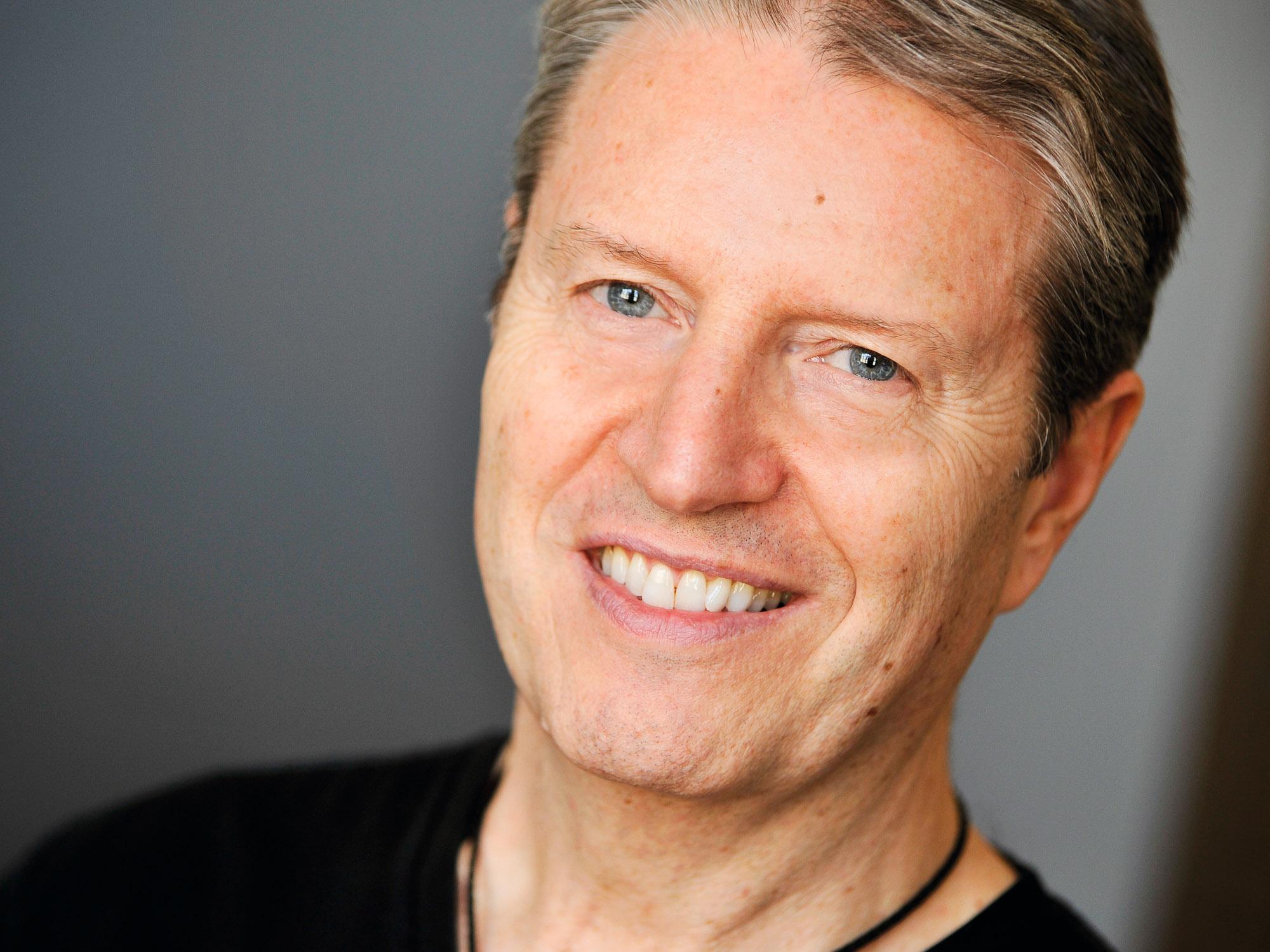 Headshots NYC - Actor Headshots Kerry W