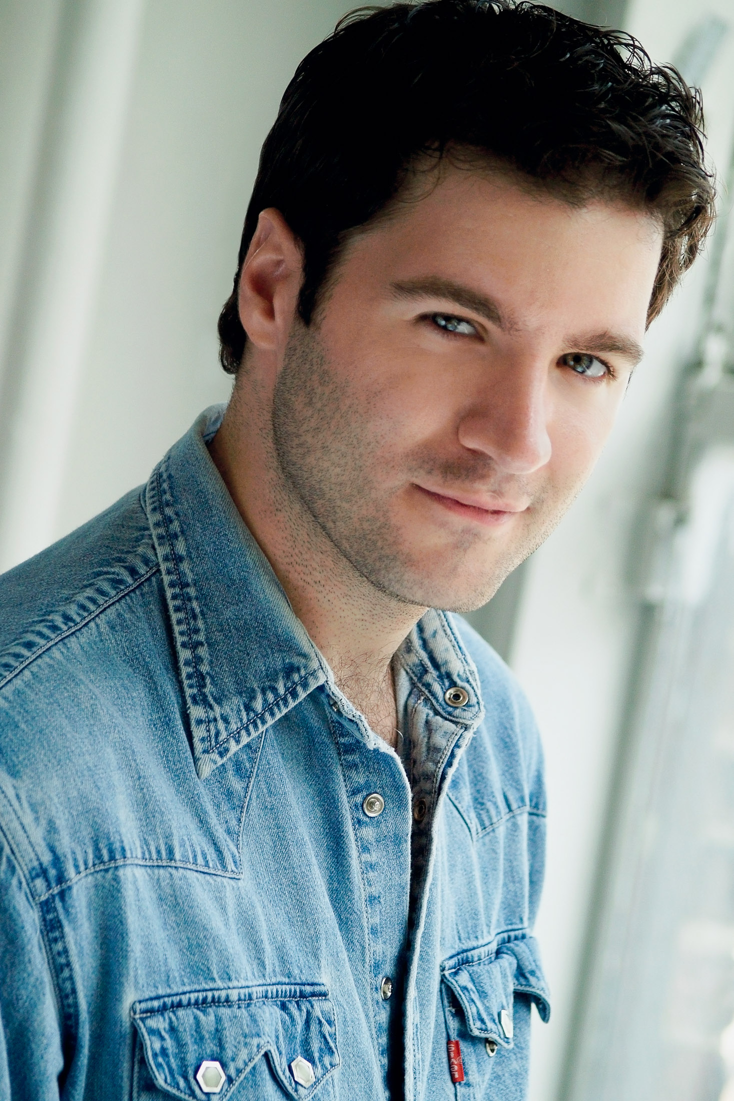 Headshots NYC - Actor Headshots Matt D