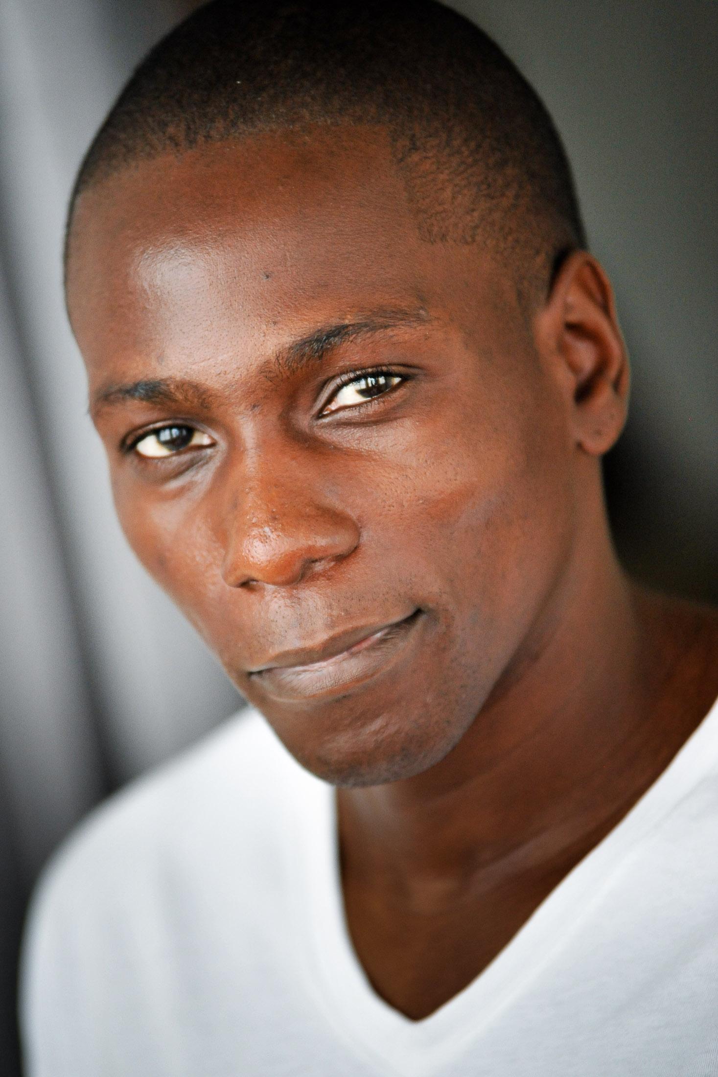 Headshots NYC - Actor Headshots Yacine D